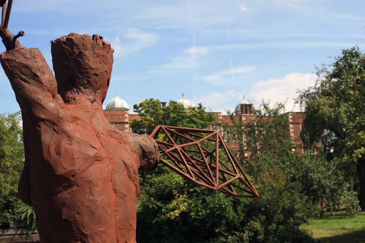 Arc I at Doddington Hall (abstract figurative sculpture)